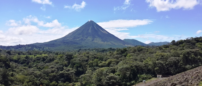 the main touristic attraction of costa rica with the most complete touristic infrastructure in terms of accommodations