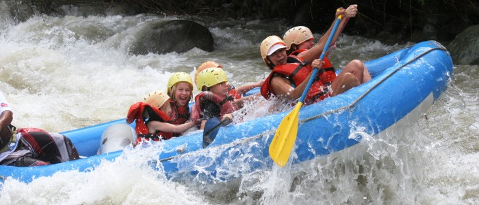 there are 2 rivers where good rafting trips can be done from the manuel antonio