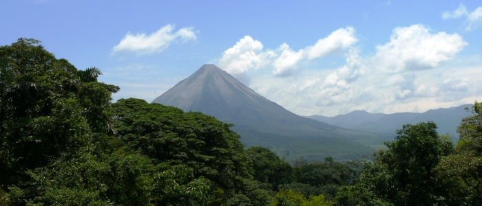 the best views of the arenal volcano