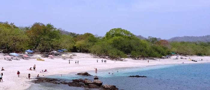 beautiful white sand beaches in costa rica
