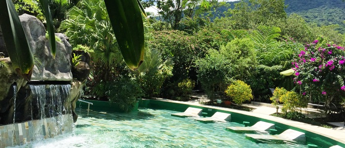 the arenal volcano area is well known because of its hot springs places