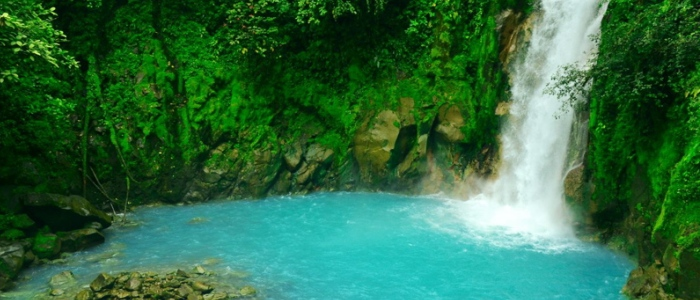visit one of the most beautiful waterfall during your costa rica vacation