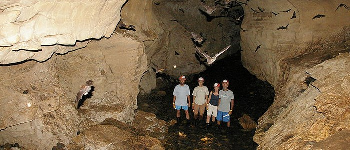 one of the 2 best places in costa rica to do spelunking