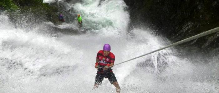 the best place to practice waterfall rappelling
